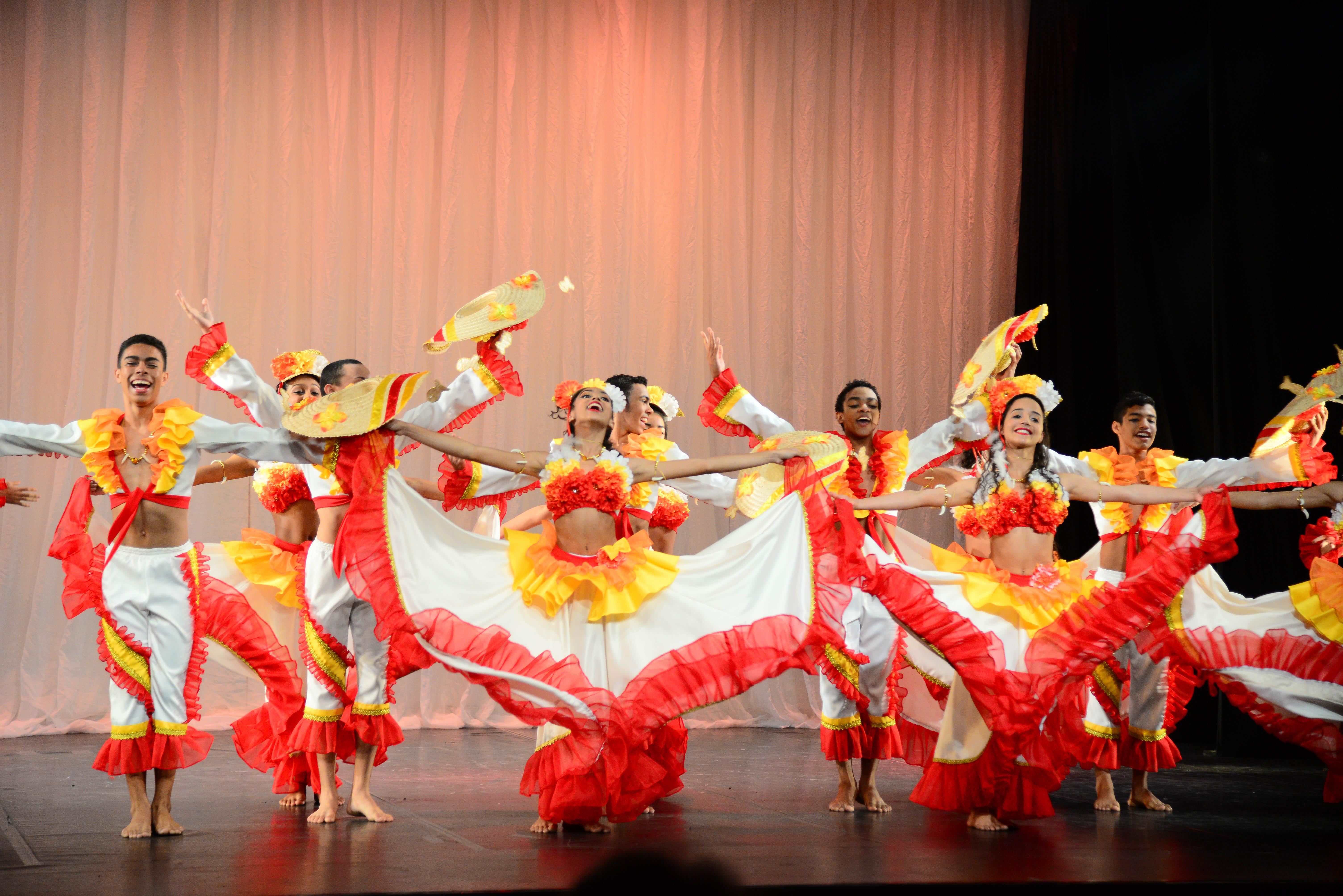 Beto Carrero World e Bolshoi Brasil se unem no Dia Mundial da Dança