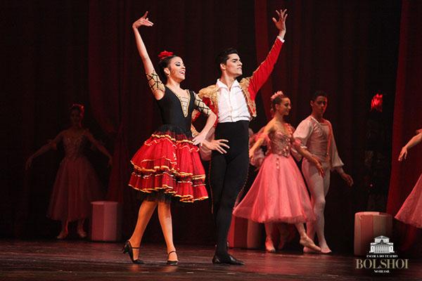 O Quebra-Nozes! Abertura do 33° Festival de Dança de Joinville