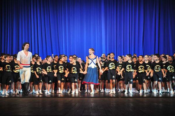 Escola Bolshoi 10 anos - Gala