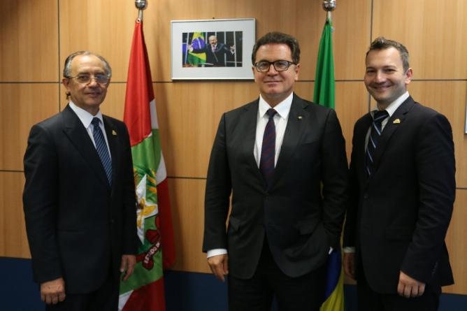 Presidente Michel Temer recebe representantes do Bolshoi Brasil