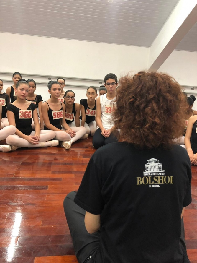 Bolshoi Brasil realiza pré-seleção e Workshops gratuito em Criciúma/SC