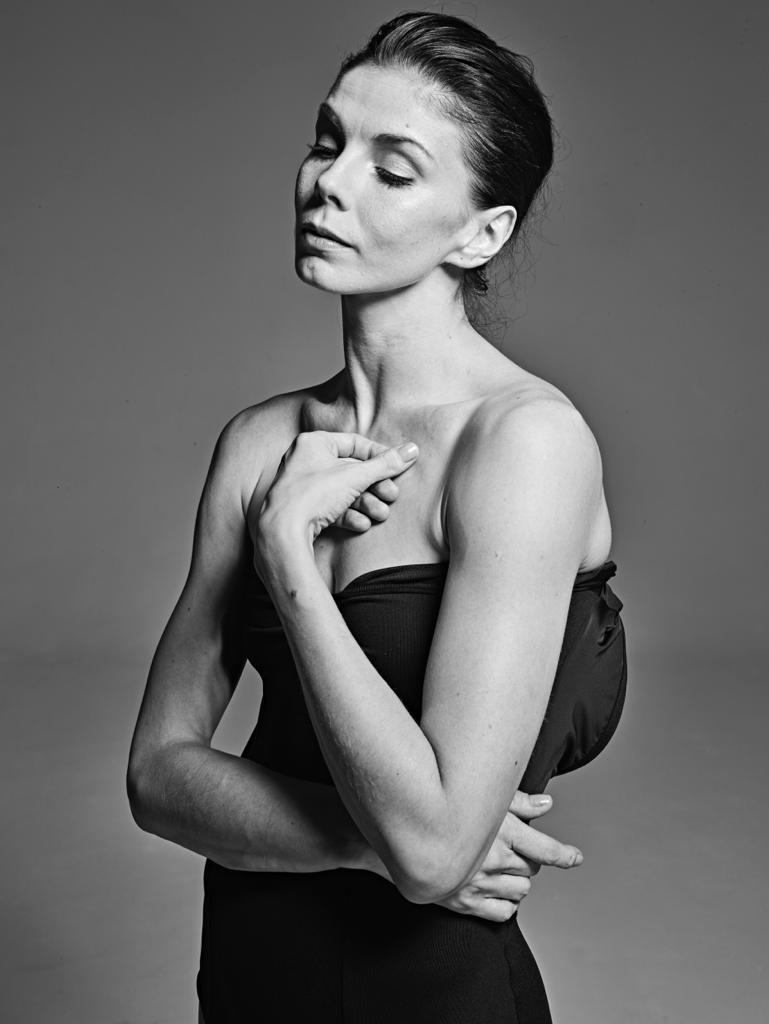 Estrela do balé Natalia Osipova dá aula online pela Escola Bolshoi