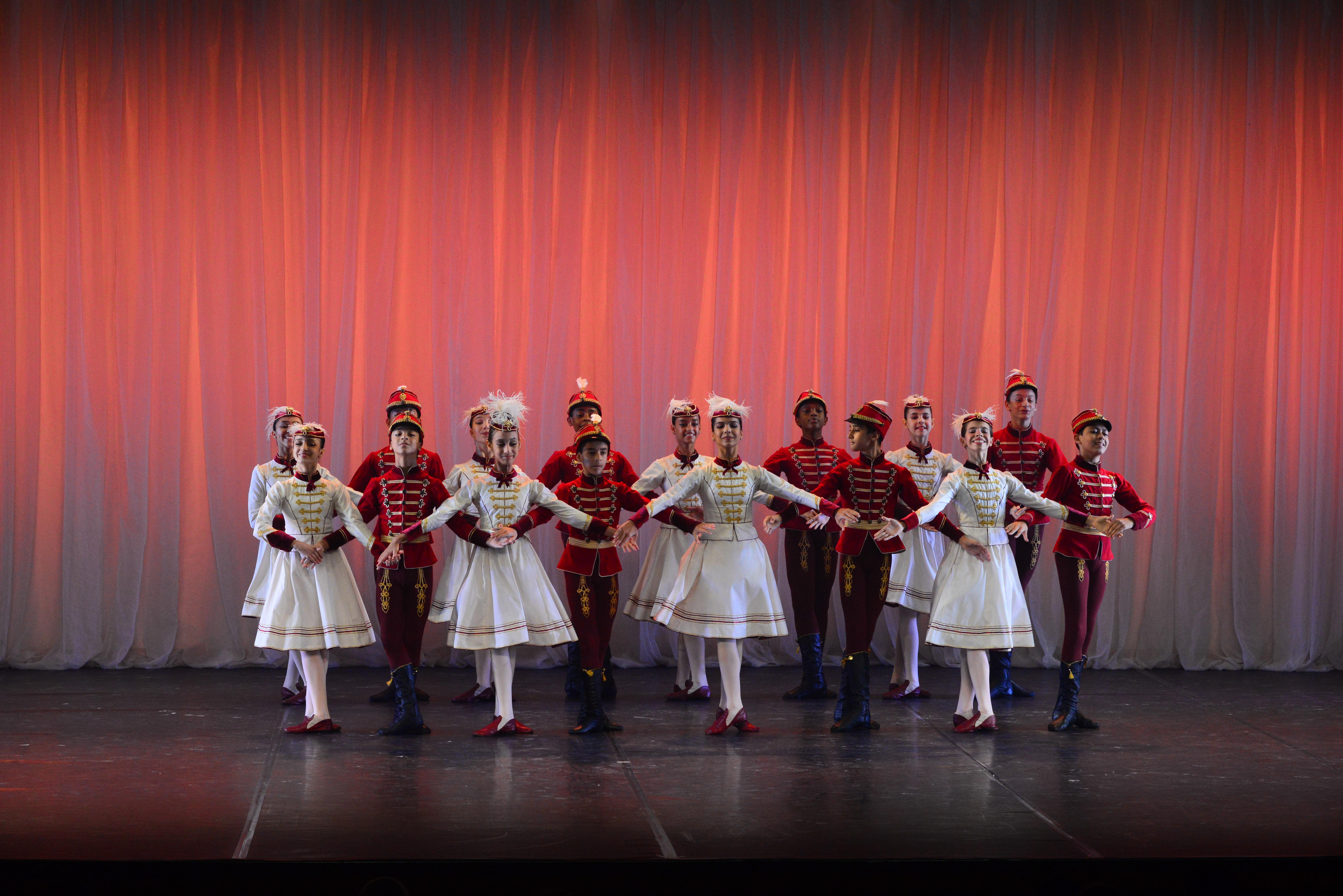 Bolshoi realiza Espetáculo em Homenagem aos Amigos do Bolshoi
