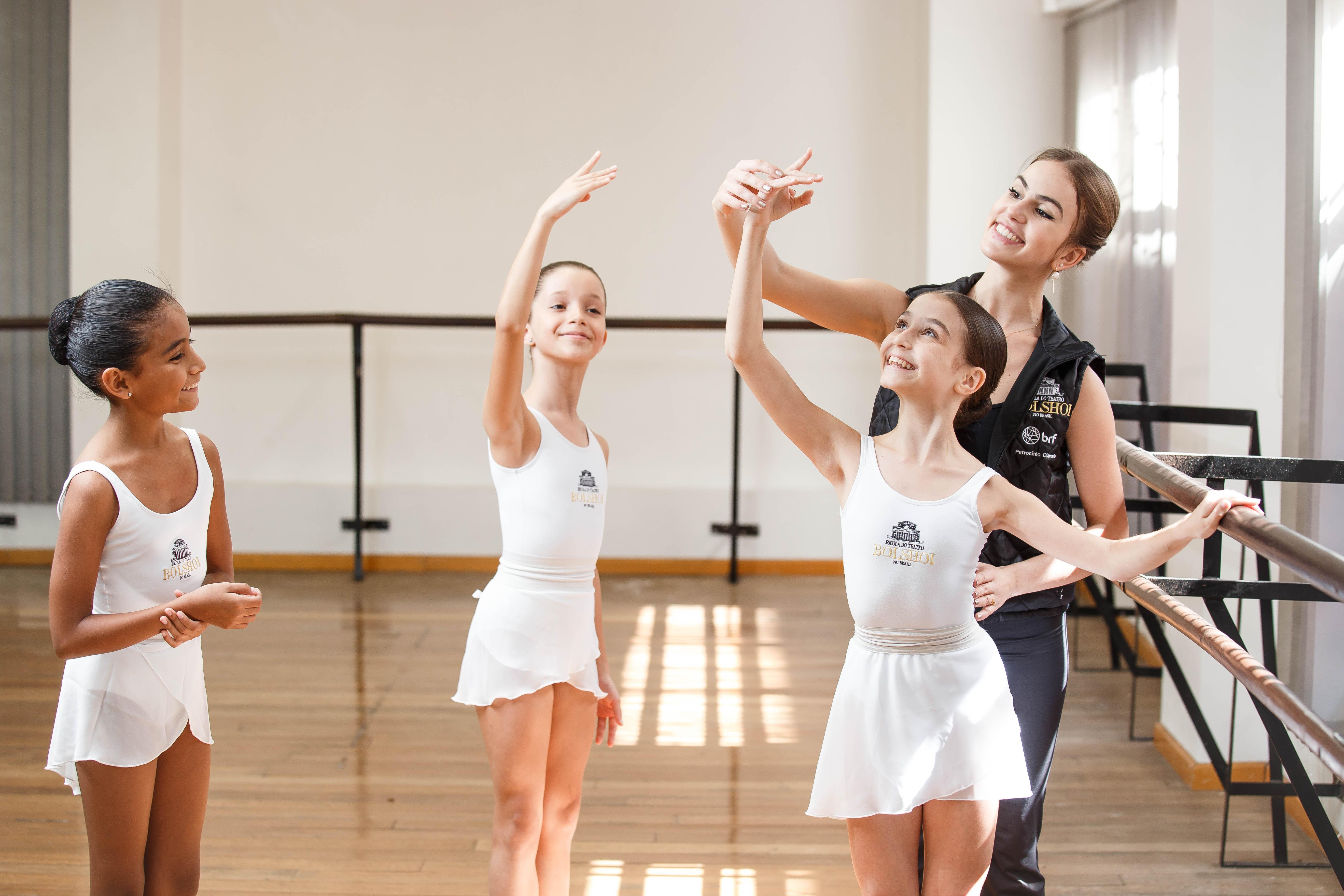 Bolshoi Brasil realiza cursos no Festival de Dança de Joinville