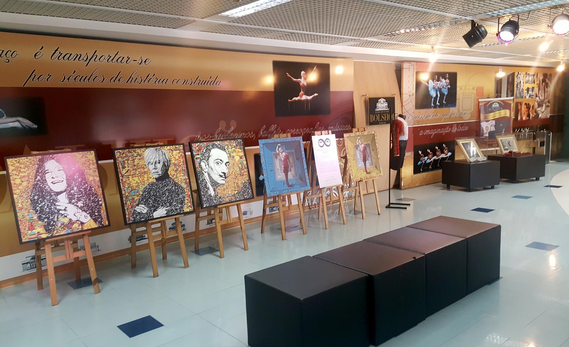 Exposição na Escola Bolshoi